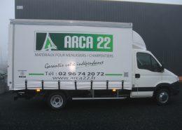 Camion baché Arca22